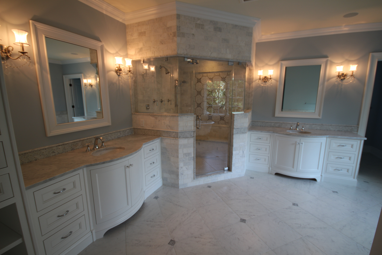 Marble Carrara shower Wall with Porcelain Carrara 18×18 Floor
