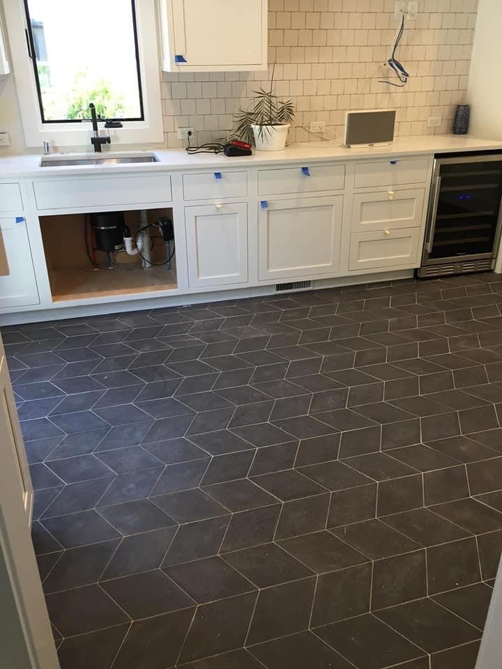 Decorative Porcelain Black floor