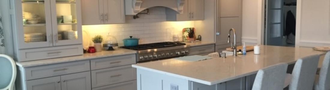 Minuet Quartz Kitchen Countertop with subway tiles Backsplash